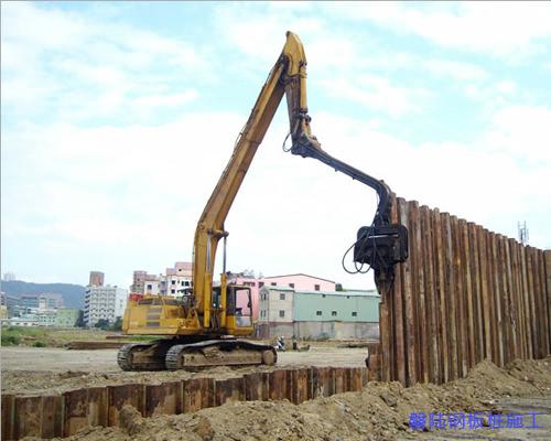 襄阳拉森钢板桩施工