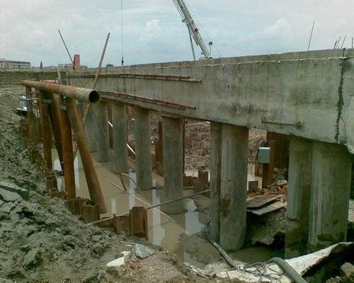 黄冈拉森钢板桩施工